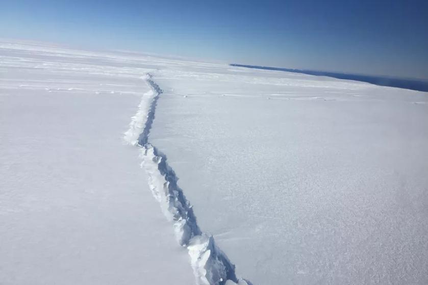 PIG_rift_Antarctica